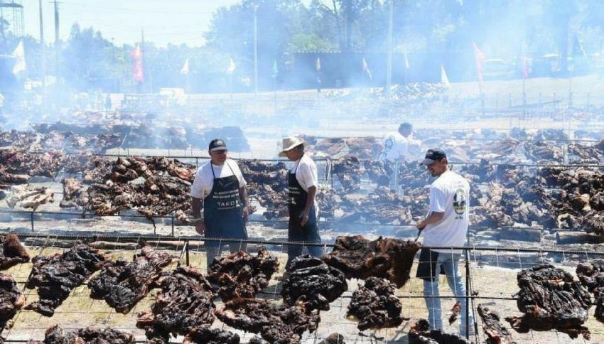 Uruguay, il barbecue più grande al mondo entra nel Guinness