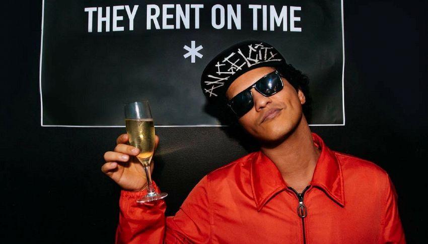 Accuse a Bruno Mars: si è appropriato della black music