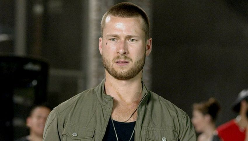 "Chi è Glen Powell, possibile protagonista di ""Top Gun 2"""
