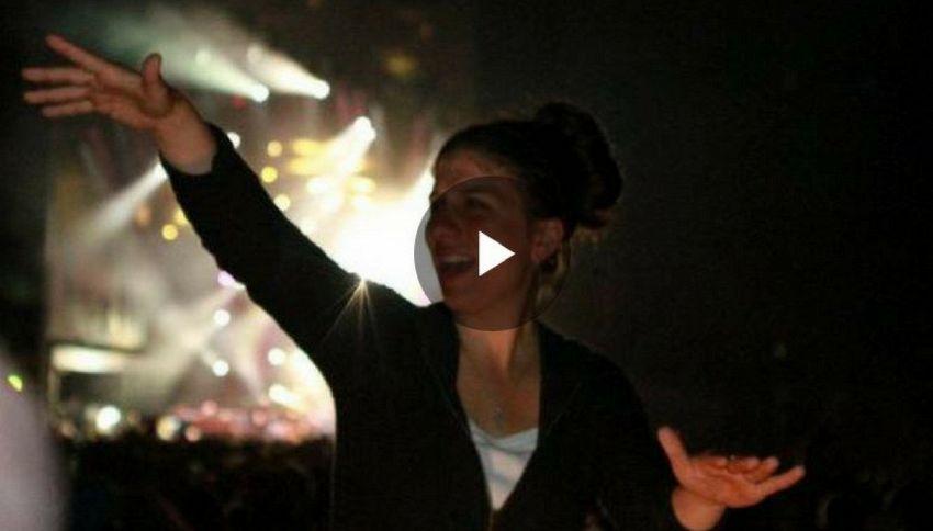 Holly Maniatty, la ragazza che rappa nella lingua dei segni