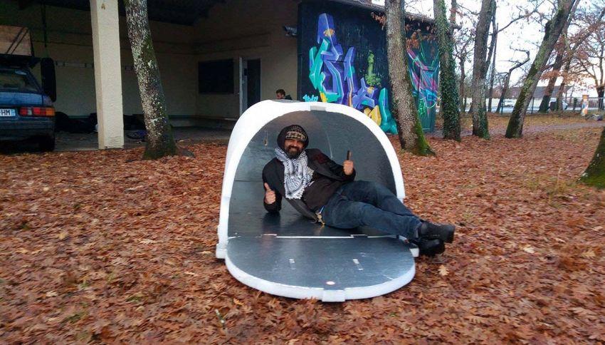 In Francia hanno inventato l'igloo per i senzatetto