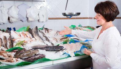 Per capire se il pesce è fresco, occorre fare così