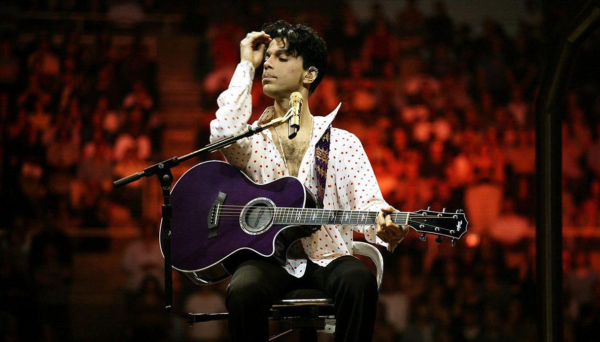 Arriva l'autobiografia di Prince