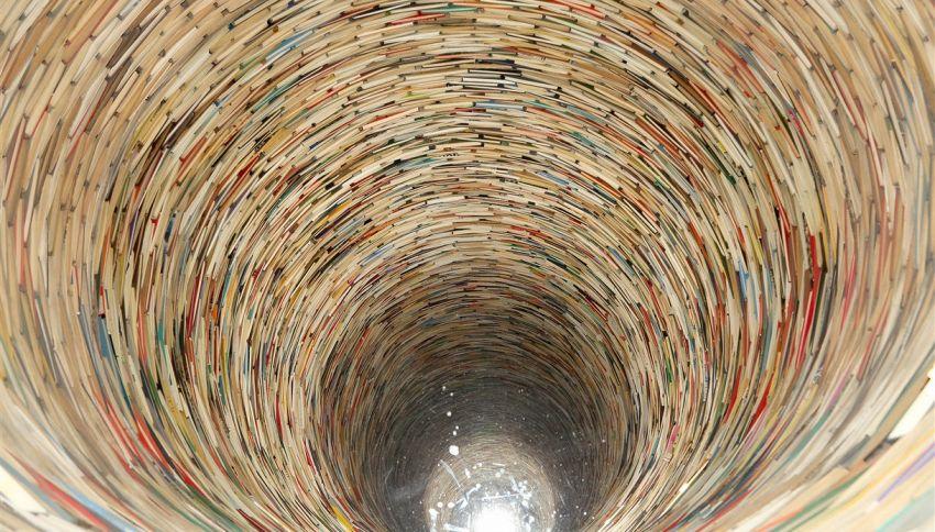 L'incredibile tunnel infinito fatto di carta si trova a Praga