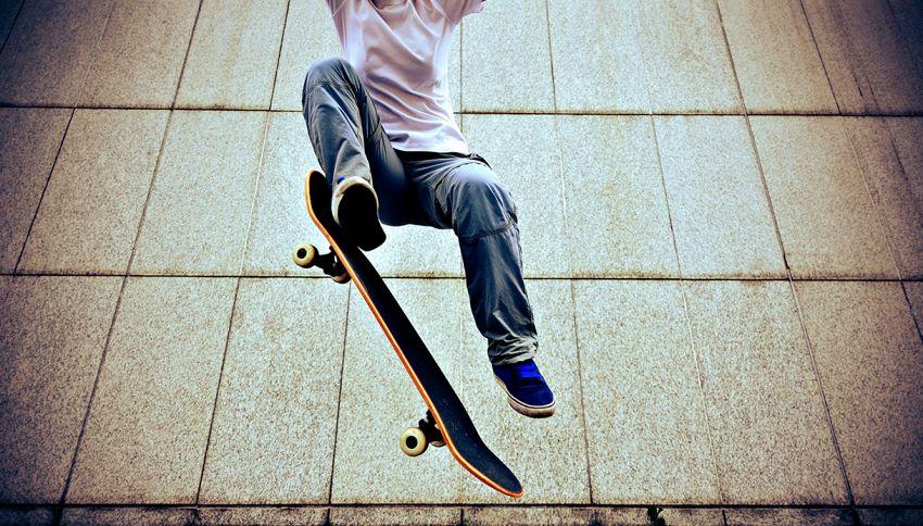 13 anni, quello che fa con lo skateboard ha dell'incredibile