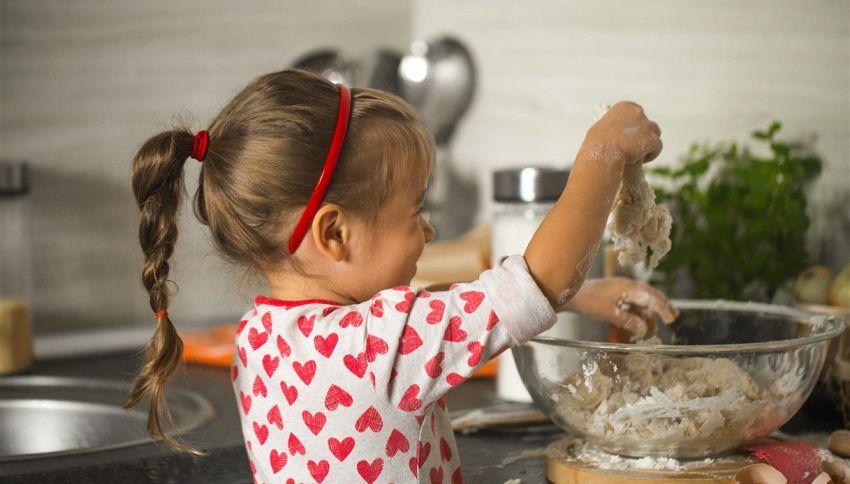 Masterchef, tale madre tale figlia: tutorial di cucina a 5 anni!