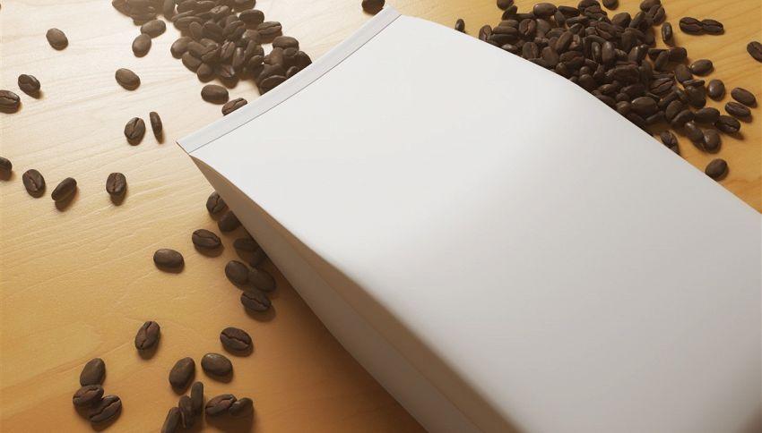 Raccolta differenziata, dove si butta il sacchetto del caffè?