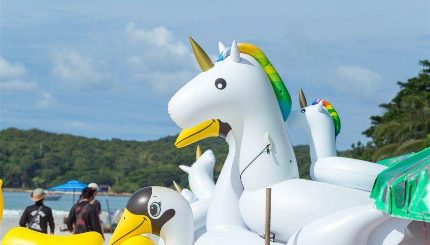 Guarda l'unicorno gonfiabile gigante che ha battuto ogni record