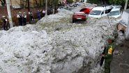 Grandinata storica: fino a due metri di ghiaccio