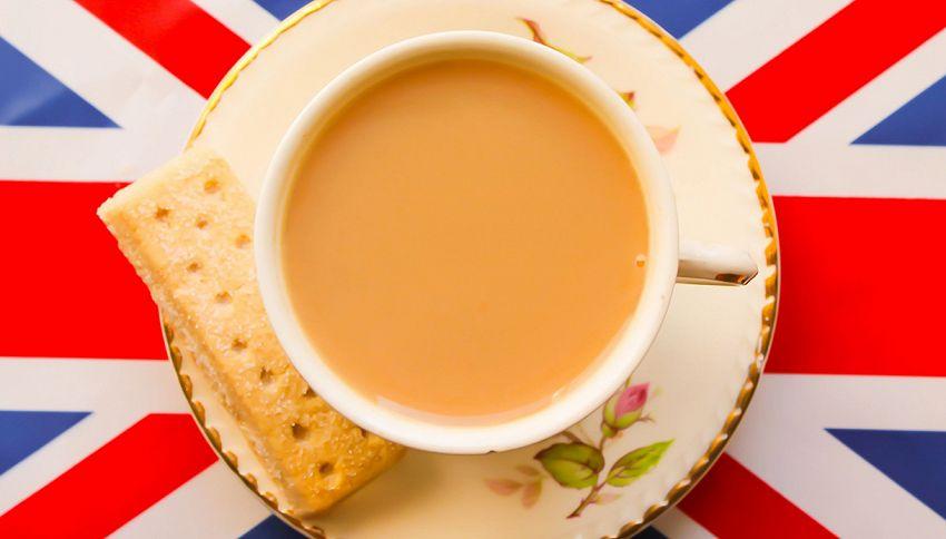 In questo bar puoi bere il tè della Regina, ecco quanto costa