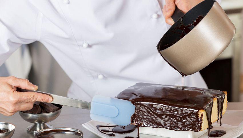 """Questa torta ti farà girare la testa, il """"motivo"""" è ipnotizzante"""