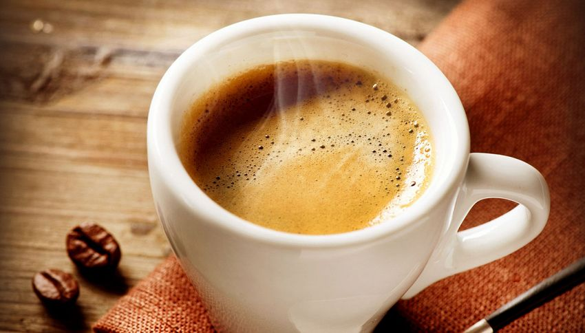 Ecco perché non dovresti bere il caffè a stomaco vuoto