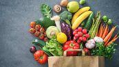 Mangiate le bucce di questa frutta e verdura: fanno benissimo