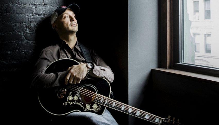 """Bastianich """"Aka Joe"""" racconta la sua musica: la nostra intervista"""