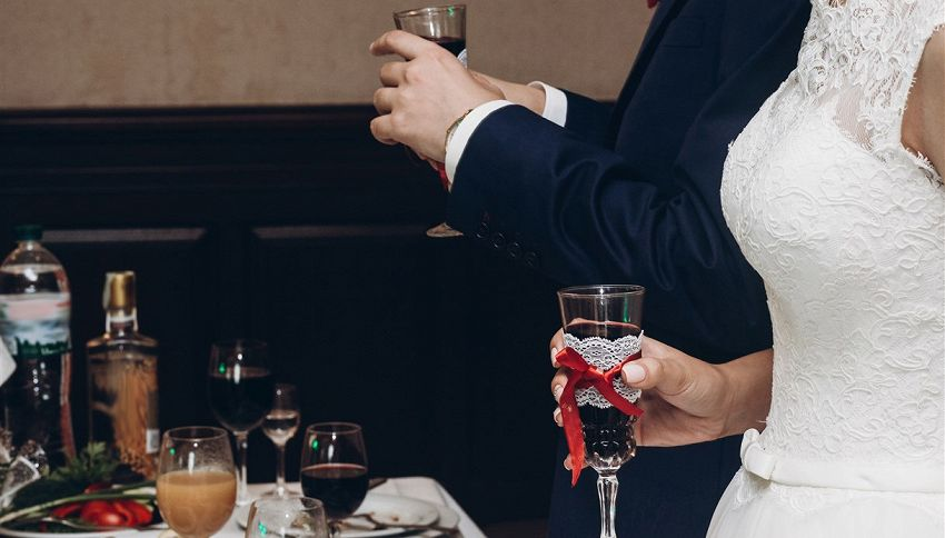 Matrimonio a tema pollo: come organizzare un ricevimento gratis