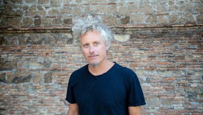 """Intervista a Niccolò Fabi: """"Nella musica ritrovo l'equilibrio"""""""