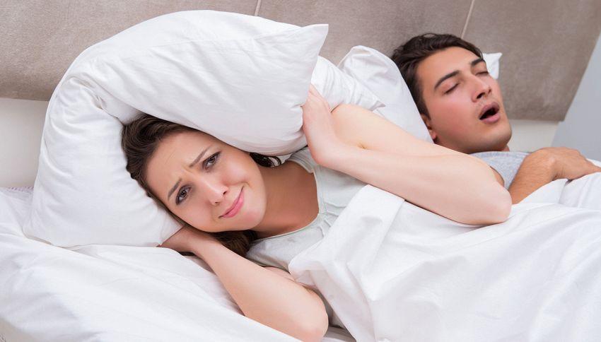 Il cuscino intelligente che cancella i rumori di chi russa