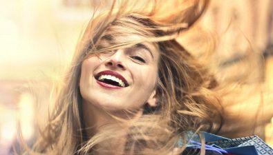 11 modi naturali per stimolare l'ormone della felicità