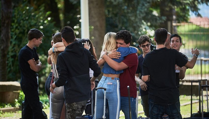 Il Collegio Off, lo spin-off con Valeficient e Niccolò Bettarini