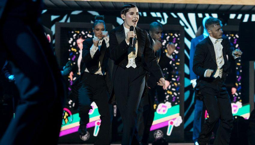 X Factor 13, scintille tra i coach e un'eliminazione a sorpresa