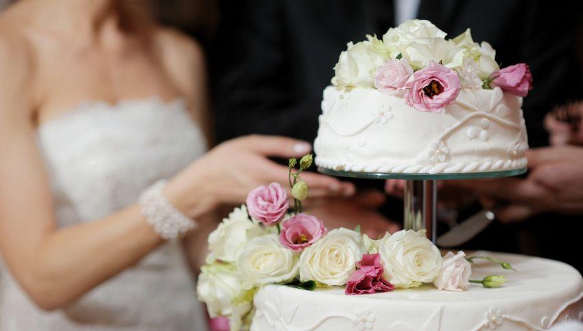 Il testimone picchia la sposa: coppia divorzia dopo le nozze