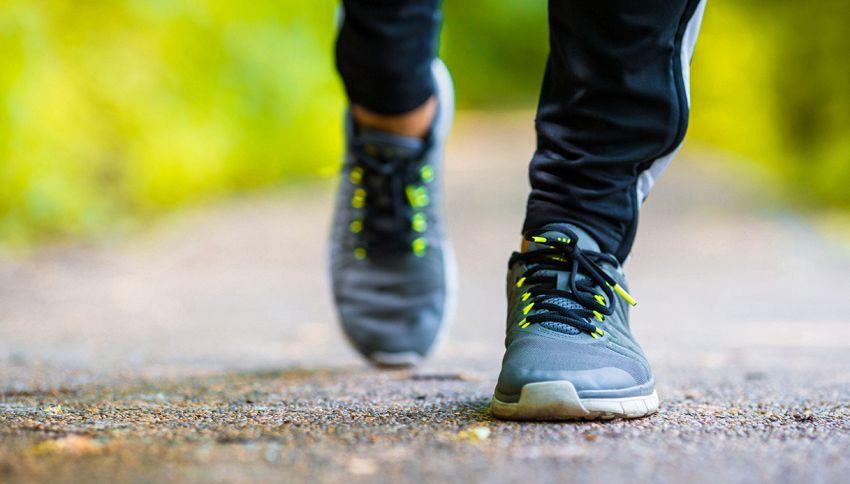 Camminare all'indietro fa bene #lodicelascienza