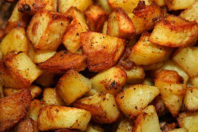 Patate al forno perfette? Ecco cosa aggiungere nell'acqua
