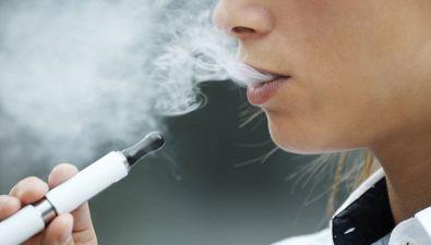 """Quando """"svapare"""" è un reato: la sigaretta elettronica"""
