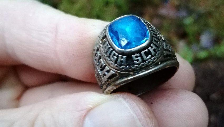 Dal Maine alla Finlandia: ritrova un anello dopo cinquant'anni