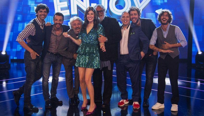 Diana Del Bufalo torna in pista fra risate e solidarietà
