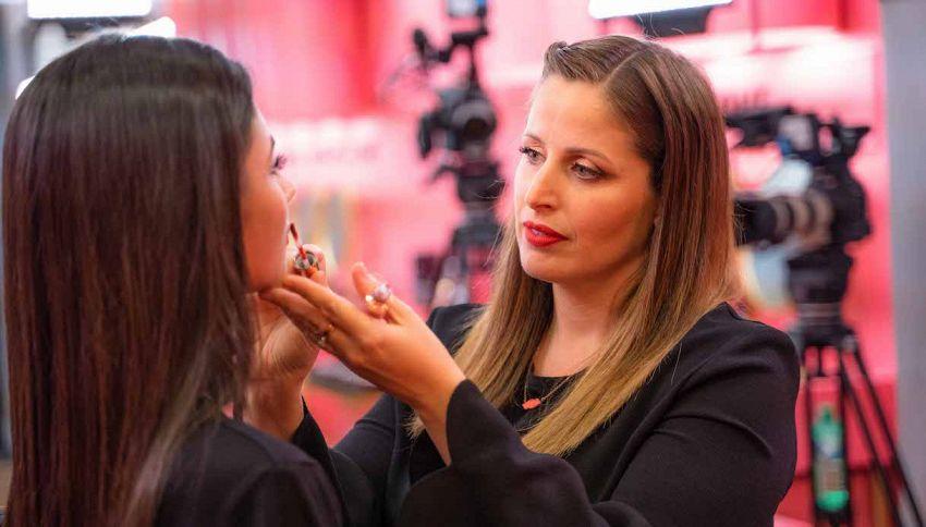 Ricordate Clio Make Up? Torna in tv con ClioPopUp