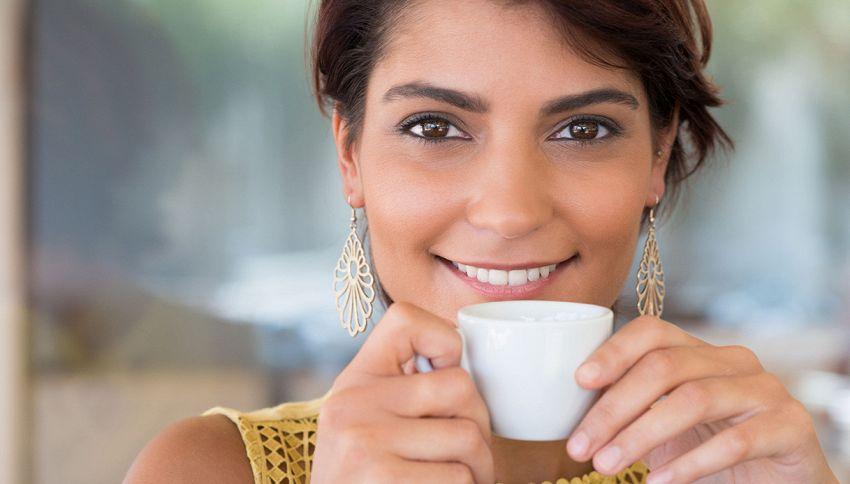 L'ora migliore per bere il caffè? Non è quella che immagini