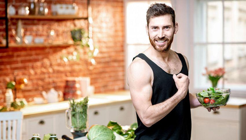 Vuoi aumentare i muscoli e non ami la carne? Mangia tofu e quinoa
