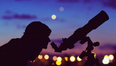 Perché ci sono le stelle cadenti?