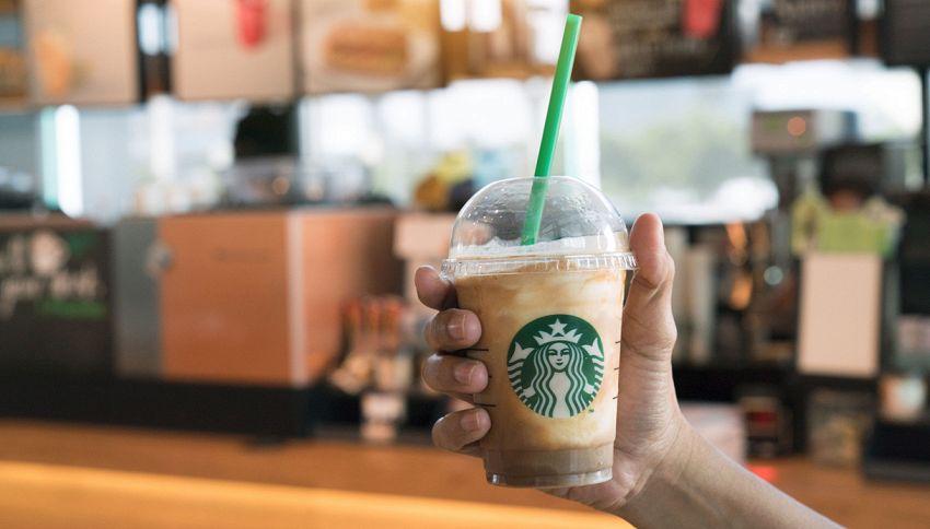Le cose da non fare dentro Starbucks secondo i dipendenti
