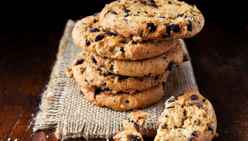 Cookies al cioccolato perfetti, il burro va usato così