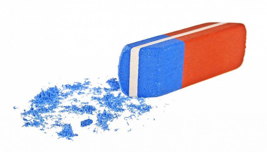 La parte blu della gomma non cancella la penna: ecco a cosa serve