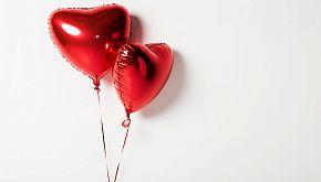 Da Zurigo a Cuneo: la storia d'amore 'vola' con un palloncino