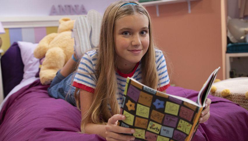'Whatsanna' è la nuova serie DeAKids con Cloe Romagnoli