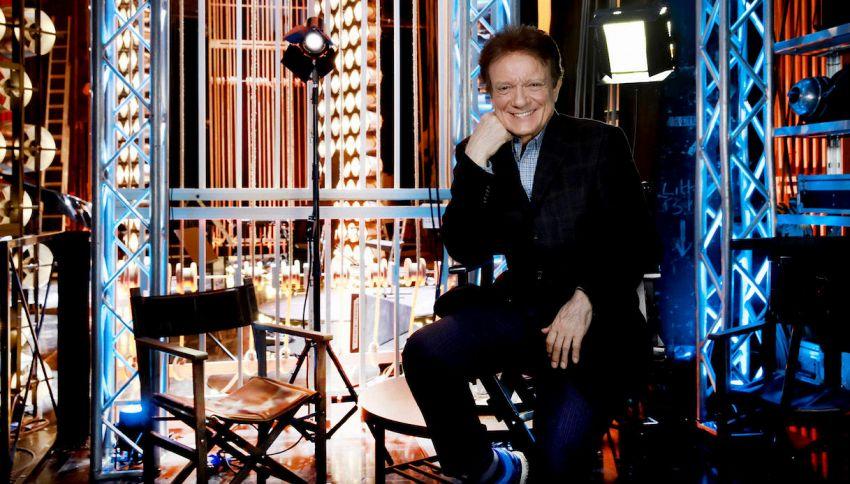 """'Qui e Adesso', lo show di Massimo Ranieri: """"Canzoni e talk show"""""""