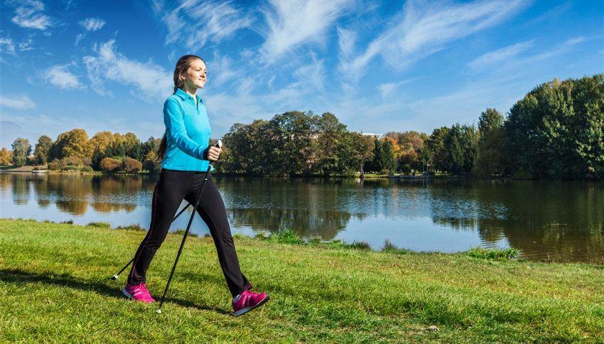 Camminare a passi svelti, come bruciare 700 calorie in un'ora