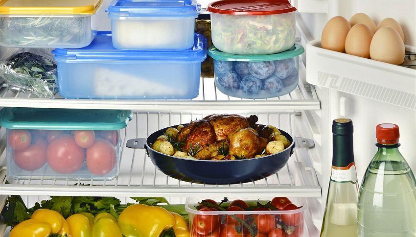 Si può mettere in frigo il cibo caldo? La risposta ti sorprenderà