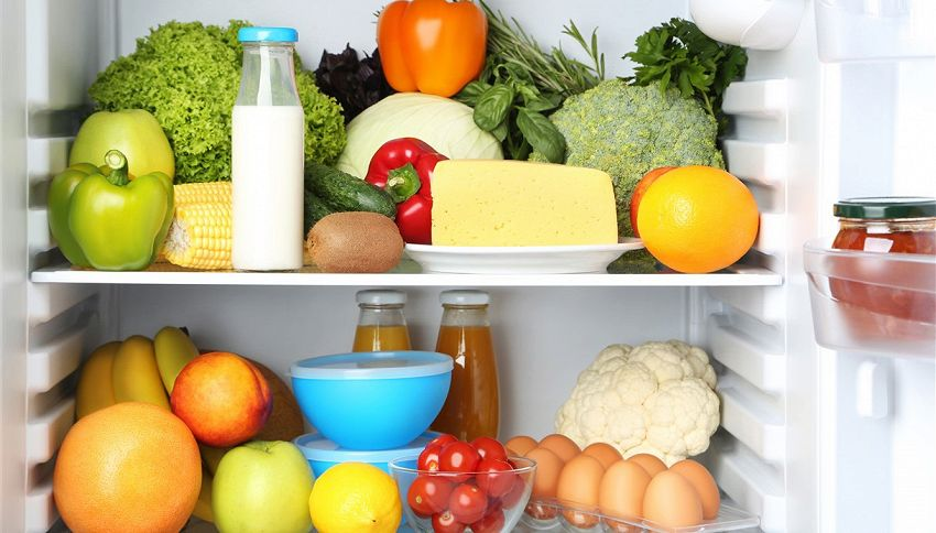 Riempire troppo il frigo è un errore enorme. Il motivo
