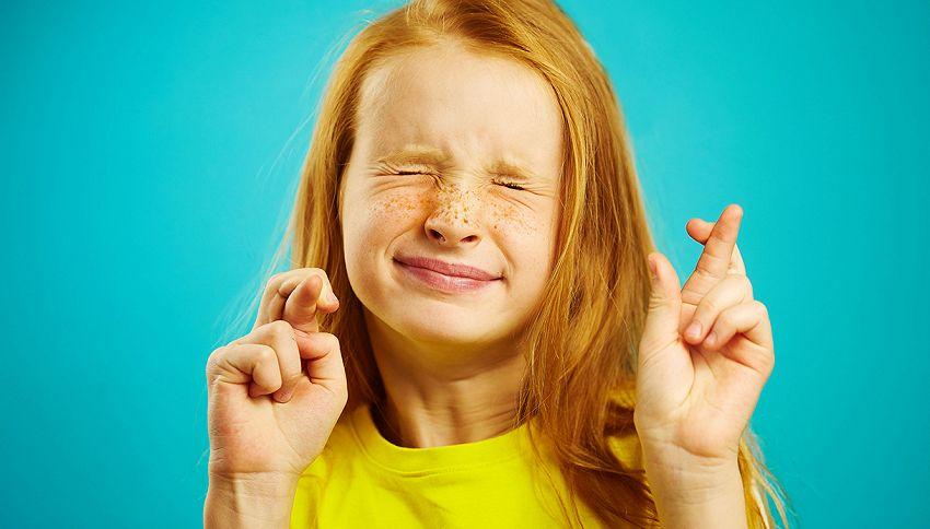 Sai perché si incrociano le dita per scaramanzia?