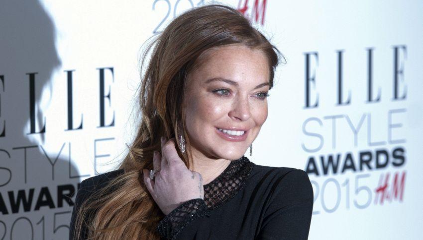 I fan al fianco di Lindsay Lohan per una vecchia intervista
