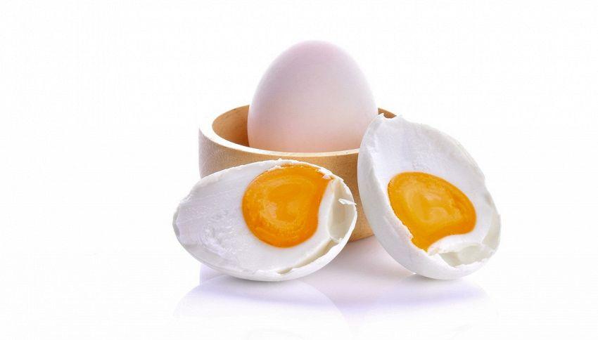 Dante Alighieri e l'uovo: l'aneddoto che in pochi conoscono