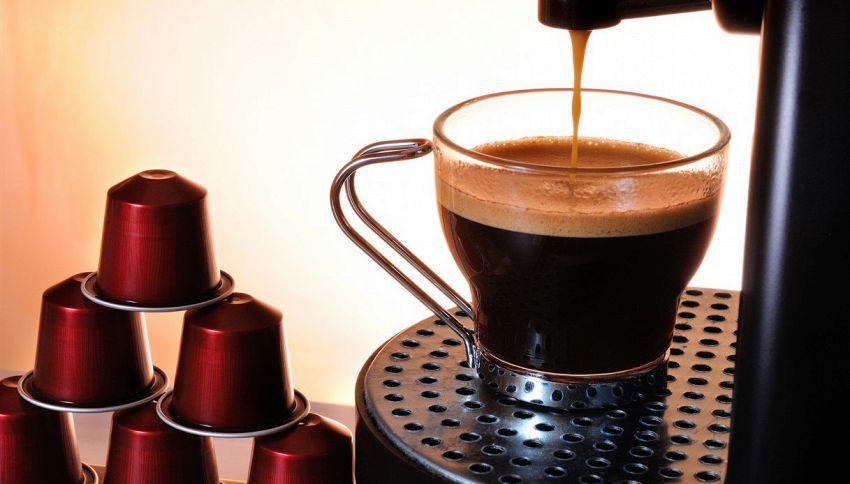Macchina del caffè, dovresti pulirla più spesso di quanto credi