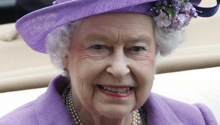 Tre cibi che non vedrete mai sulla tavola della Regina Elisabetta