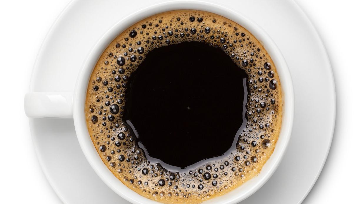 L'effetto (negativo) sul tuo cervello se bevi troppi caffè