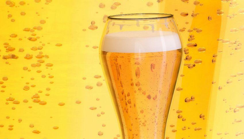 6000 euro per bere birra: lavoro da sogno offerto da una birreria